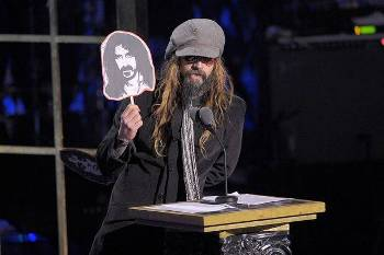 File:Rob Zombie holding Zappa sign.jpg
